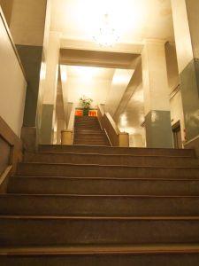 エントランスおよび階段